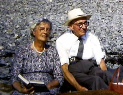 Nain, Taid, Sheila David and Susan 2